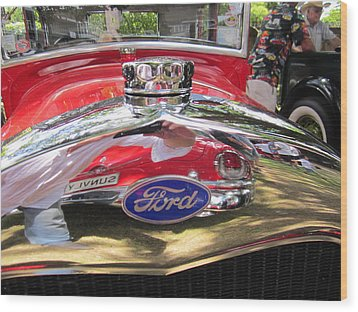 Ford Classic Car  Wood Print by Max Lines