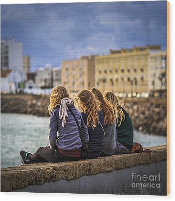 Foreign Students Cadiz Spain Wood Print