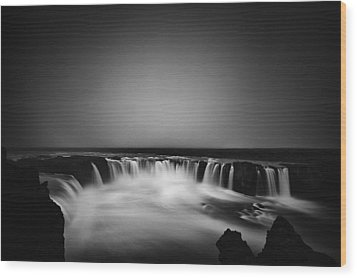 Wood Print featuring the photograph Godafoss by Frodi Brinks