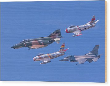 Heritage Flight Wood Print by Allan Levin
