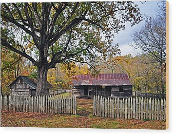 Homestead On The Buffalo Wood Print by Marty Koch