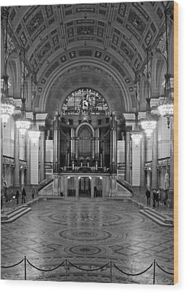 Interior Of St Georges Hall Liverpool Uk Grade 1 Listed Build Wood Print by Ken Biggs