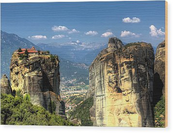 Kalambaka Beneath The Meteora Of Greece Wood Print