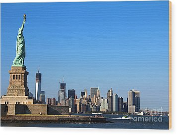 Lady Liberty Watches 1wtc Rise Wood Print
