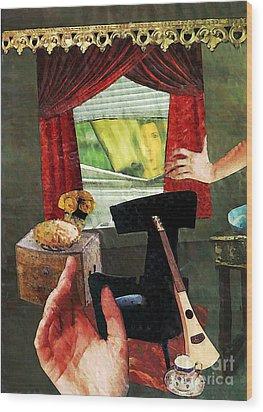Looking In Wood Print by Sarah Loft