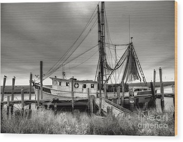 Lowcountry Shrimp Boat Wood Print by Scott Hansen