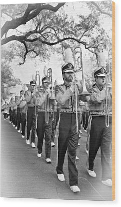 Lsu Marching Band Vignette Wood Print by Steve Harrington