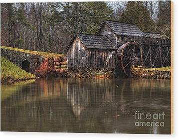 Mabry Mill Wood Print by Robert Loe