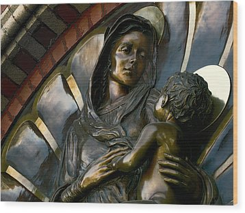 Mary And Jesus Wood Print by Daniel Hagerman