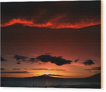 Maui Sunset Wood Print by Ron Roberts