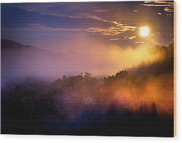 Moon Setting In Mist Wood Print by Robert Charity