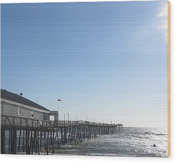 Nags Head Pier Wood Print by Cathy Lindsey