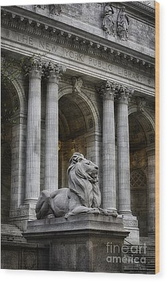 Ny Library Lion Wood Print by Jerry Fornarotto