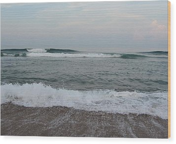 Wood Print featuring the photograph Ocean At Buxton Nc 7 by Cathy Lindsey