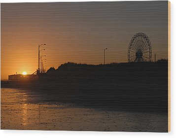 Ocean City Sunset Wood Print by Dan Myers