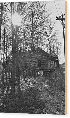 Old Home Place Wood Print by Larry Bishop