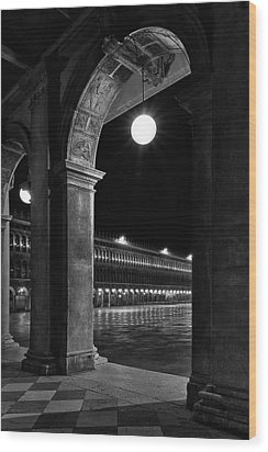 Piazza San Marco 2 Wood Print by Marion Galt