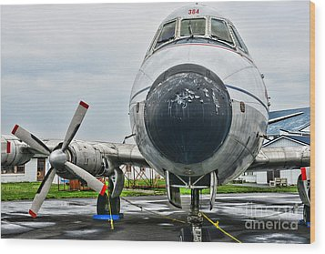 Plane Noses Up Wood Print by Paul Ward