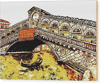 An Iconic Bridge Wood Print
