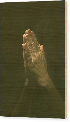 Praying Hands Wood Print by Bob Pardue