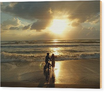 Precious Moment Wood Print by Elaine Franklin