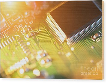 Processor Chip On Circuit Board Wood Print by Konstantin Sutyagin