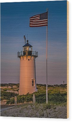 Race Point Lighthouse And Old Glory Wood Print by Susan Candelario
