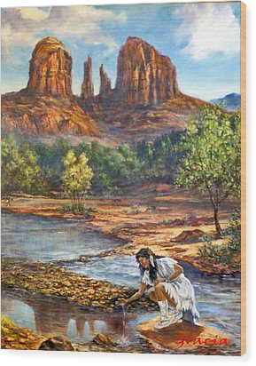 Red Rock Crossing Wood Print by Gracia  Molloy