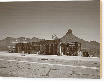 Route 66 - Cool Springs Camp Wood Print by Frank Romeo