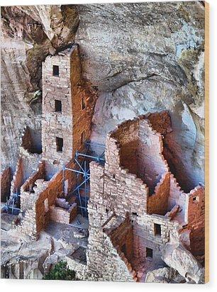 Ruins Wood Print by Dan Sproul