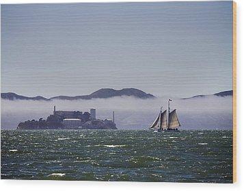 Sailing To Alcatraz Wood Print by Dee  Savage
