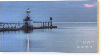 Saint Joseph Michigan Lighthouse Wood Print by Twenty Two North Photography