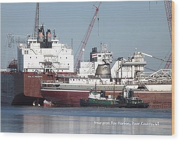 Ships In Harbor Wood Print by Dave Pape