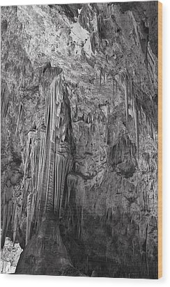 Stalactites In The Hall Of Giants Wood Print