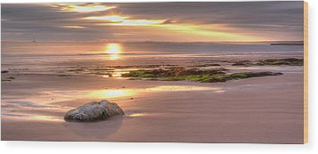 Sunrise At Nairn Beach Wood Print