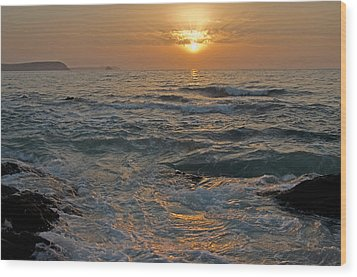 Sunrise At Portscatho Wood Print by Pete Hemington