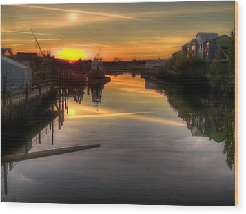 Sunrise On The Petaluma River Wood Print