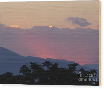 Wood Print featuring the photograph Sunset 2 by Ze  Di