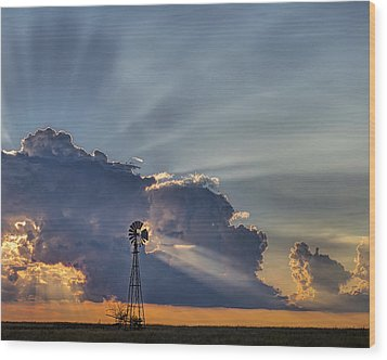 Sunset And Windmill Wood Print by Rob Graham