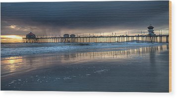 Approaching Storm Huntington Beach Pier Wood Print