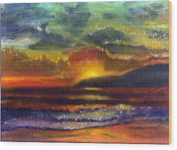 Sunset Beach Wood Print by Linda Pope