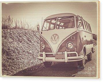 Surfer's Vintage Vw Samba Bus At The Beach Wood Print by Edward Fielding