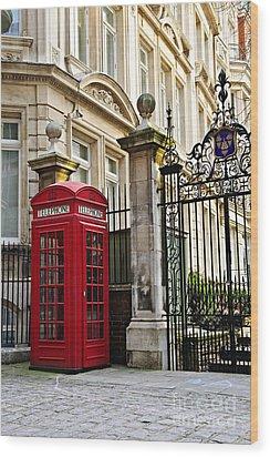 Telephone Box In London Wood Print by Elena Elisseeva