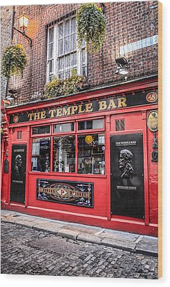 Temple Bar Wood Print