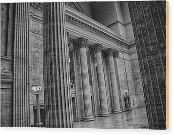 Union Station Chicago Wood Print by Mike Burgquist