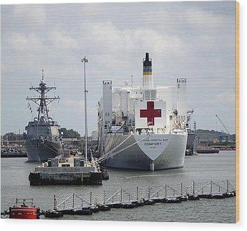 Us Naval Hospital Ship Comfort Wood Print