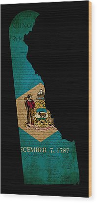 Usa American Delaware State Map Outline With Grunge Effect Flag  Wood Print by Matthew Gibson