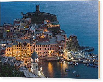 Wood Print featuring the photograph Vernazza Harbor by Carl Amoth
