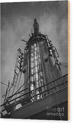 View Of The Top Of The Empire State Building Radio Mast New York City Wood Print by Joe Fox