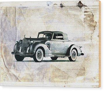 Vintage Car Wood Print by David Ridley